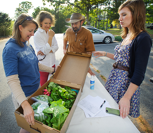 Shares are limited, so reserve your Fall CSA share today!